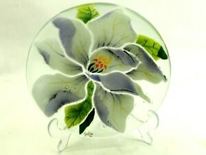 "Beautiful Art glass Floral 8"" Plate by Fireglass Studio '02"