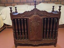 Panetière provençale artisanale, signée par l'ébéniste belge qui l'a réalisée