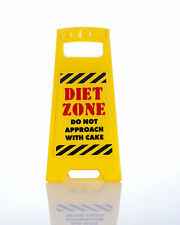 DIET ZONE Do not approach with cake DESK SIGN Yellow 25cm fun office gift New