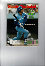 JUN 9 1980 SPORTS ILLUSTRATED DARRELL PORTER RIPS ONE KC BASEBALL  SI1392
