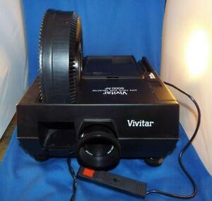 Vivitar 5000AF Carousel Slide Projector with Remote