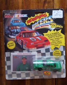 RACING CHAMPIONS KENNY BERNSTEIN ROARING RACER #26 1/64 SCALE