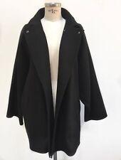 Max Mara luxurious hand sewn cashmere and wool coat size I 44 US 10 UK 12