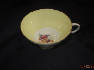 PARAGON CABINET CHINA YELLOW COFFEE CUP ROYAL WARRANT QUEEN MARY& ELIZABETH