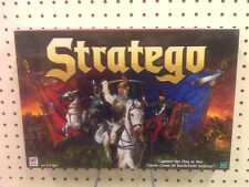 NEW - STRATEGO BOARD GAME -  CONTAINS 80 BATTLEFIELD PIECES  - MADE IN 1999