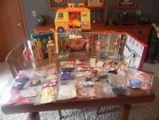 Vintage Ba 00002A7D Rbie, Ken , Midge, Skipper Dolls, Clothing &Orig.Cases - Large Lot -Nr