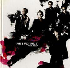 DURAN DURAN astronaut tour 2005 TOUR PROGRAMME 62 pages + POP UP SECTION