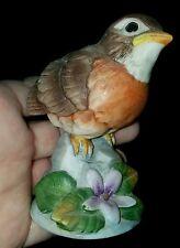 ANDREA by Sadek ROBIN #6350 Bird Figurine Vintage Bisque Porcelain Japan ~ EXC