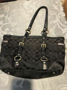 Coach 11658 Signature Gallery Large Black Canvas Tote Pre-owned