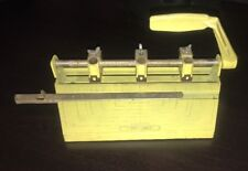 VINTAGE YELLOW BOSTON 3 HOLE PUNCH HEAVY DUTY STANDARD PAPER PUNCH USA