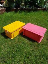 2x Vintage Rubbermaid Plastic Box w/ Clip Lid - Yellow & Pink