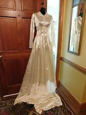 Gorgeous Vintage Crepe Back Satin Wedding Gown From 30'S Thru 40'S Modest Sz 2
