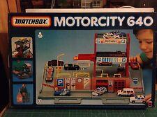 MATCHBOX MOTORCITY 640 FOLD N GO CAR PARK VER FOTO