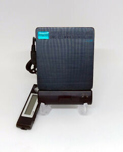 Kenwood DMC-Q55 Portable MiniDisc MD player *Works*
