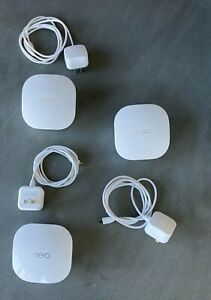 eero Wi-Fi Mesh Router Model No.J010001 - 3 Pack - excellent condition 2nd Gen