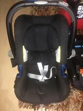 Reduced Britax Baby Safe Romer ShrII Car Seat & Baby Safe Belted Car Seat Base