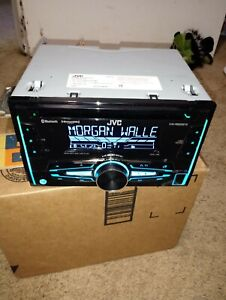JVC KW-R925BTS Double-DIN CD Receiver with Bluetooth and SiriusXM Ready