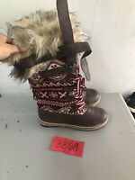 Mukluks Aztec Furry Women's High Boots Size 9 Warm Winter Ladies Brown