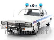 AUTOWORLD AMM987 1974 74 DODGE MONACO CHICAGO POLICE DEPARTMENT CAR 1/18 WHITE