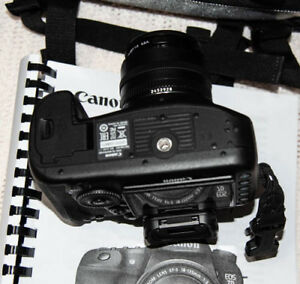 EOS7D MK ii Canon W/Accessories
