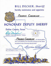 LE SHERIFF DE DALLAS BILL DECKER NOMME MAURICE CHEVALIER HONORARY DEPUTY SHERIFF