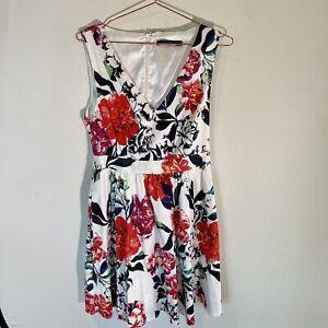 Portmans V Neck Fit & Flare Dress - 12 - White Red Pink - Lined - Knee Length
