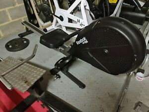 REEBOK EDGE ROWER ROWING MACHINE Magnetic Black lcd FAST DELIVERY & 1 YEAR WARRA