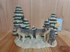 WOLF CANDLE HOLDER Snowy Green Pine Trees Tealight Votive Resin