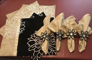 Set Of Four Placemats, Four Unused Napkins And Four Flower Napkin Holders