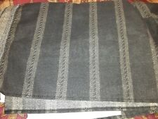 Bed skirt queen Black Striped
