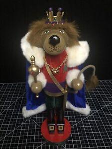 2002 NUTCRACKER VILLAGE 10th anniversary Royal Lion Velvet Clothes King Crown