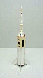 ESTES VINTAGE MODEL ROCKET APOLLO SATURN V 1B (BUILT) Sa-210 LITTLE JOE