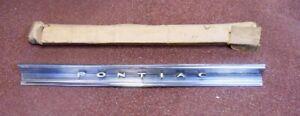 NOS PONTIAC 1962 STAR CHIEF TAIL PANEL MOLDING BONNEVILLE? m