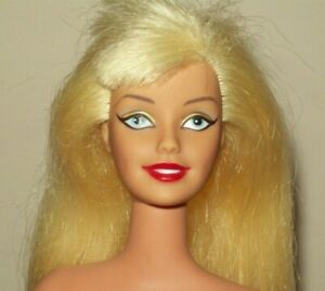 Barbie Doll SUPERGIRL Poseable Everflex Rubber Arms Bend Knees Heavy Eyeliner