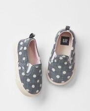 GAP Baby Girls NWT Size 3-6 Months Blue Denim / Chambray Slip-On Shoes Sneakers