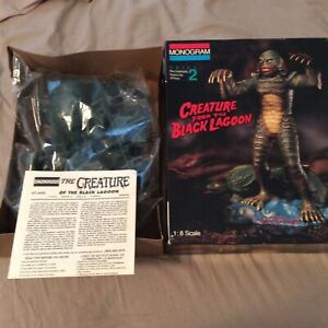 1994 CREATURE FROM THE BLACK LAGOON UNIVERSAL MONSTER MONOGRAM 1:8 MODEL