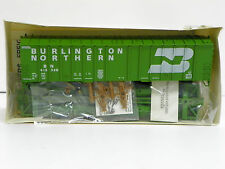 "WALTHERS HO U/A ""BURLINGTON NORTHERN"" 50' AIRSLIDE HOPPER #413328 NEW OLD STOCK"