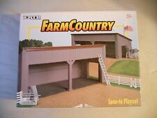 Ertl Farm Country Toy Lean To Shed Building Set for Tractors or Animals MIP 1/64
