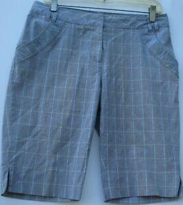 Cutter & Buck women's 4 pocket flat front golf/casual bermuda shorts size 6