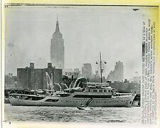 1968 wire photo Aristotle Onassis' Yacht in New York City