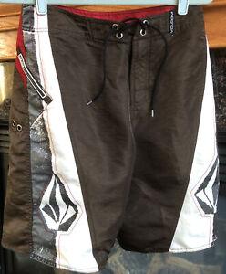 Volcom Men's Size 30 Board Shorts Brown Grey White Nice!