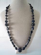 collana di lapislazzuli in varie forme intervallata da piccole sfere in argento
