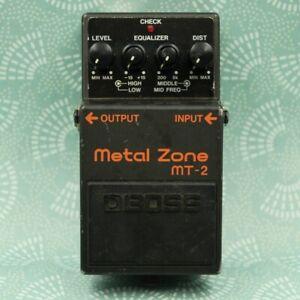 BOSS MT-2 Metal Zone Distortion Guitar Effect Pedal ZK00680
