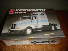 AMT Ertl Kenworth T600A 1/25 Scale 6976 1990 Internals SEALED NEW No Decals