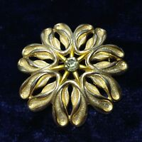 Vintage Floral Brooch Gold Tone Textured Circle Style 1950/60's White Rhinestone