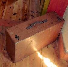Valise, malle en bois et cuir des années 50.