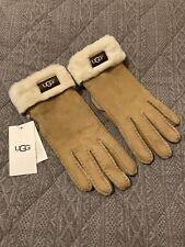 UGG Gloves . New With Labels . Tan . Shearling Sheepskin . Ladies Medium