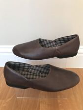CLARKS BROWN 11 MENS SLIP ON ROUND TOE INDOOR HOUSE SLIPPERS King Ross LEATHER