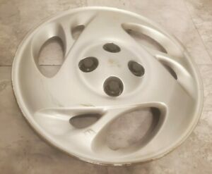 "(1) OEM 2001-2002 Saturn SC SC1 Coupe 14"" Bolt-On Hubcap Wheel Cover GM 21013115"