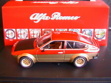 ALFA ROMEO ALFETTA GTV 2000 RED GOLD BLACK 1976 M4 1/43 ROSSO OR NOIR LHD